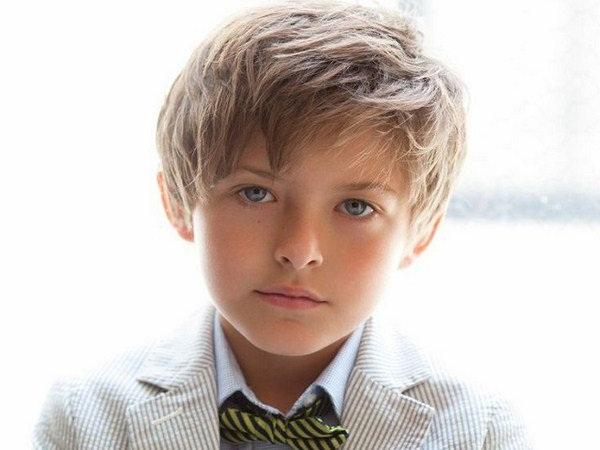 Стрижка на волосы средней длины для мальчиков 5-7 лет
